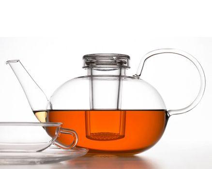Teekanne WAGENFELD 1.5l mit Deckel und Sieb 002
